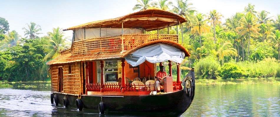 Kerala Paquete de viaje de luna de miel con estancia en casa flotante - 5 noches y 6 días